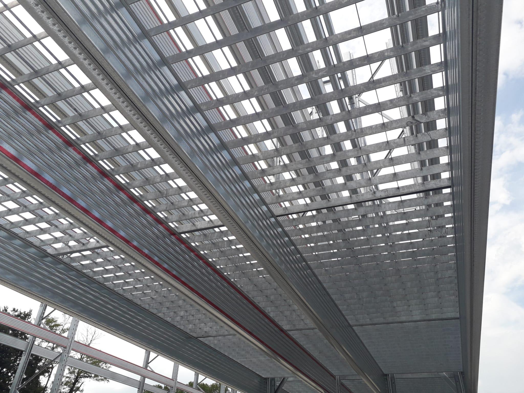 Piani in grigliato per la realizzazione di piani di copertura per scaffali portapallet Light Bi Bloc