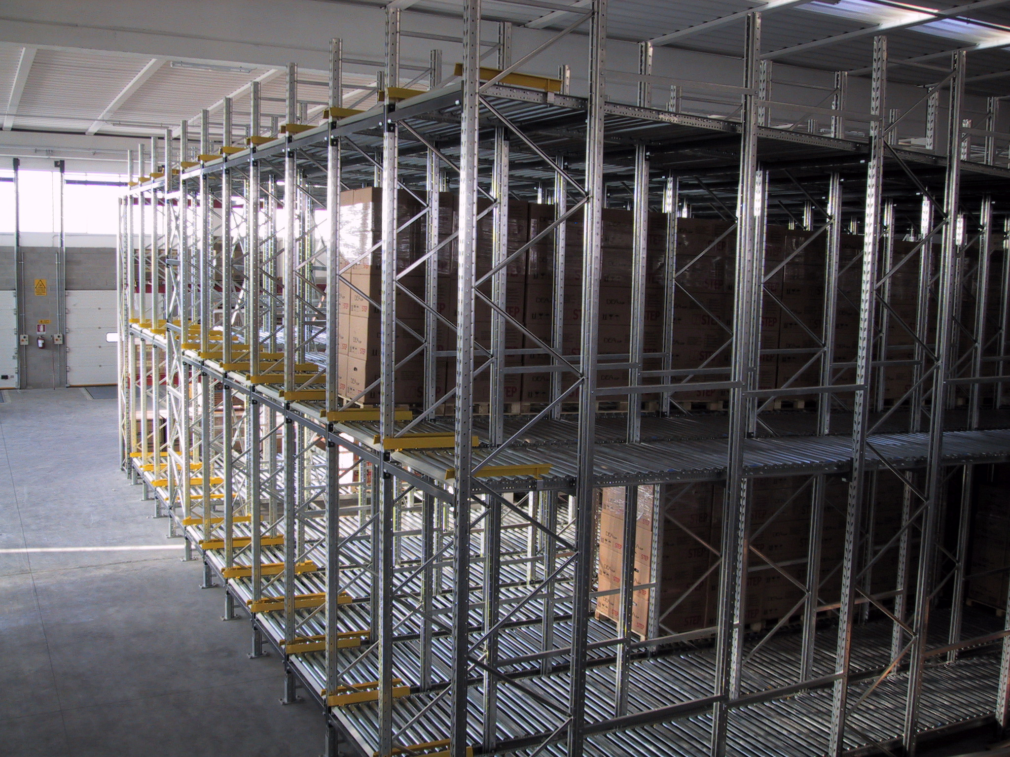 Impianti di magazzino a gravità